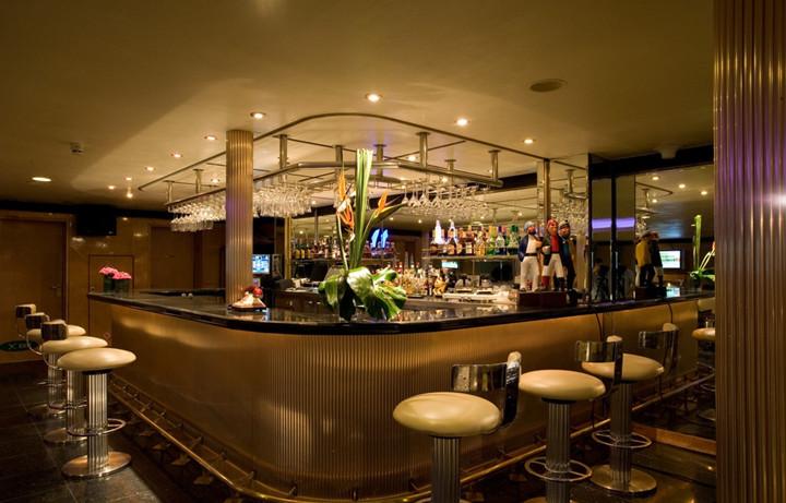 酒吧吧台装修设计_吧台设计5点注意事项
