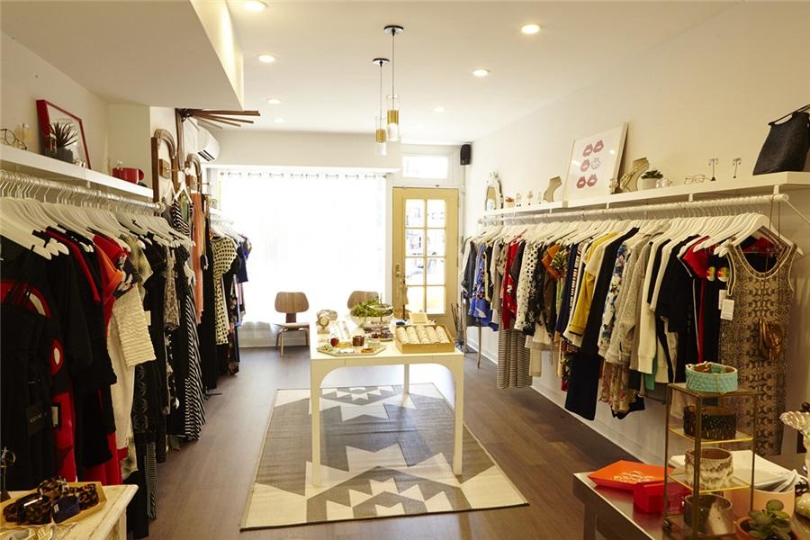 三种最受欢迎的小服装店装修效果图