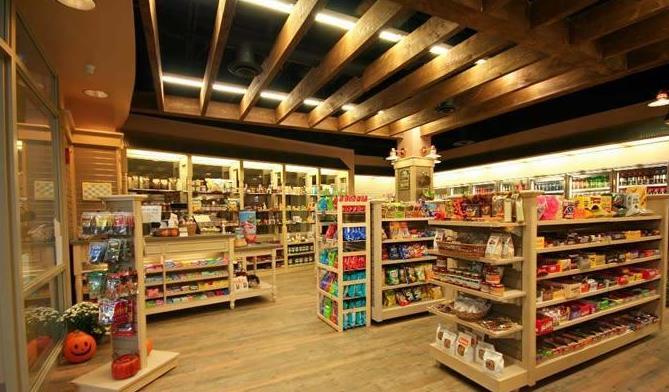 便利店装修效果图   便利店作为一种方便人们购物和生活的便利商店